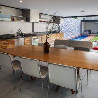 Centralidad del jardín - Casas - Revista Espacio&Confort - Arquitectura y Decoración