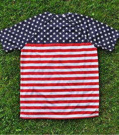 Camiseta Running USA Stars and Stripes Hoopoe Running Apparel. #hoopoerunning #usa #fancyshirts #runwithstyle #starsandstripes