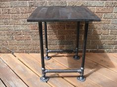 Industrial Pipe End Table- ideas for all those scraps