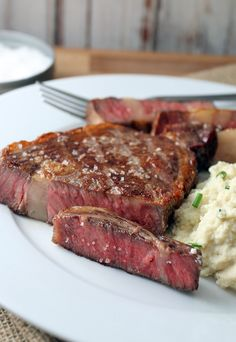 By far the best method of cooking steak I've ever used. The reverse sear. Shared via http://www.ruled.me/