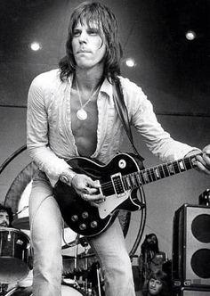 Jeff Beck - The Yardbirds, Jeff Beck Group, the Honeydrippers, Beck, Bogert… Rock Roll, Jeff Beck Group, The Yardbirds, Gibson Les Paul, Rock Legends, Blues Rock, Music Guitar, Music Photo, Eric Clapton