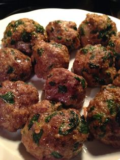 *Made w/GF cereal crumbs, no cheese. taylor made: healthy beef & spinach meatballs for make-ahead lunches Clean Recipes, Beef Recipes, Real Food Recipes, Chicken Recipes, Cooking Recipes, Healthy Recipes, Fish Recipes, Turkey Spinach Meatballs, Healthy Beef Meatballs