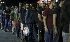 Greqi, emigrantët ilegalë të ishullit Mytilini, në kushte çnjerëzore - Lajme - Top Channel