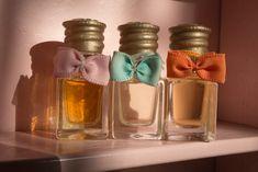Cum îți Faci Singură Un Parfum. Peppermint, Perfume Bottles, Deodorant, Face, Beauty, Chic, Business, Fragrance, Alcohol
