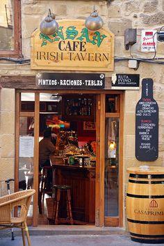 Irish tavern on a spanish town, Laguardia, Rioja, Spain (by überkenny).
