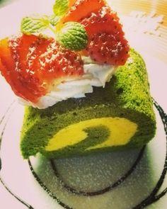 抹茶とかぼちゃのロールケーキ