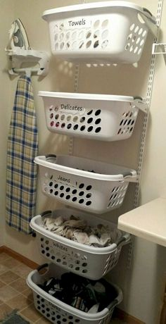 60 Amazingly inspiring small laundry room design ideas - MADİSON 39 DIY Organization Idea for Laundry Room Design - room organization diy Laundry Room Remodel, Laundry Room Organization, Laundry Room Design, Diy Organization, Organization Ideas For The Home, Basement Laundry, Laundry Organizer Diy, Laundry Closet, Kitchen Remodel