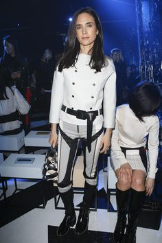 Louis Vuitton Fall 2016 Ready-to-Wear Fashion Show Front Row