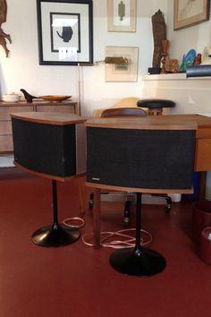 Bose_vintage_speakers