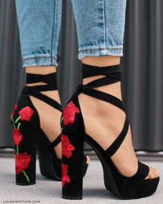 floral embroidered heels Pinterest // carriefiter // fashion street wear street style photography style hipster vintage design landscape illustration food diy art lol style lifestyle decor street stylevintage television tech science sports prose portraits poetry nail art music fashion style street style diy food makeup lol landscape interiors gif illustration art film education vintage retro designs crafts celebs architecture animals advertising quote quotes disney instagram girl
