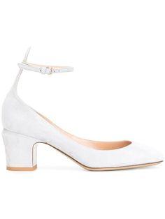 VALENTINO Valentino Garavani Tango pumps. #valentino #shoes #펌프스