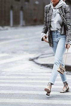 6 Spring Outfit Ideas for When the Weather Is All Over the Place via @PureWow