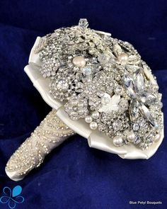 Bling! Brooch Bouquet#timelesstreasure.theaspenshops.com