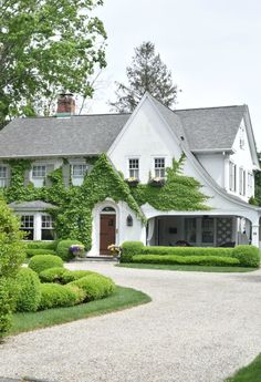 New England Home- Exterior Paint Colors for Homes House Paint Exterior, Dream House Exterior, Home Exterior Design, Home Exteriors, Home Styles Exterior, Classic House Exterior, Exterior Shutters, Exterior Homes, Exterior Stairs