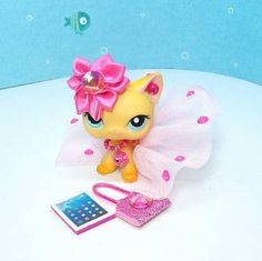 Littlest Pet Shop LPS custom clothes outfit accessories lot * cat not included Lps Clothes, Custom Clothes, Little Pet Shop, Little Pets, Plastic Canvas Tissue Boxes, Plastic Canvas Patterns, Toys For Girls, Lps Diy Accessories, Shopping