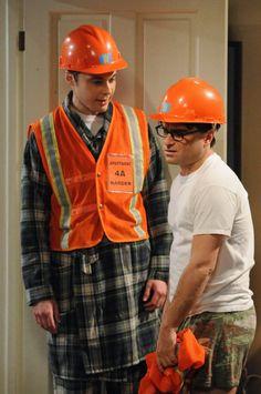 The Big Bang Theory Leonard Hofstadter Sheldon Cooper Penny Howard Wolowitz Rajesh « Raj The Big Theory, Big Bang Theory, Sheldon Leonard, Leonard Hofstadter, Barenaked Ladies, Johnny Galecki, Orange Vests, Jim Parsons, Comedy Tv