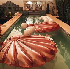 Pool Party // Luxury Lifestyle Be inspired by luxury lifestyle around the world.