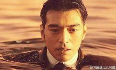 8月の待受はこれ❣ 猛暑の夏は、水も滴る美しい武さんとともに… #金城武 #TakeshiKaneshiro #太平輪 #日本上映希望 #映画のシーン #大好きな人 #俳優 #男神