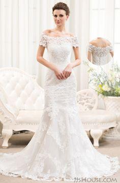 Trust me, you will love the wedding dress from the first sight. #JJsHouse #WeddingDresses #JJsHouseWeddingDresses