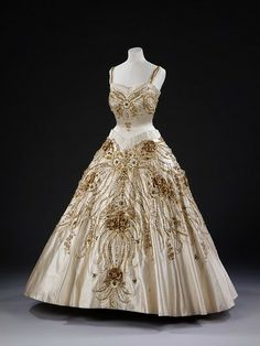 Evening Dress by Queen Elizabeth II Norman Hartnell 1957