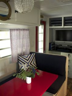 travel trailer decor on pinterest trailer decor camper makeover and airstream. Black Bedroom Furniture Sets. Home Design Ideas