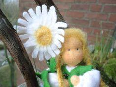Blumenkind ,Margarite Mädchen von OlaManola auf DaWanda.com