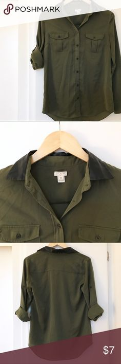 🌲 Button Down Shirt J. Crew army green button down • used condition selling for discounted price! • looks great with black jeans or denim 👖• nice faux leather collar accent J. Crew Tops Button Down Shirts