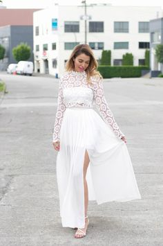 White Maxi Dress, Chicwish, Vancouver Blogger, Blonde Bell Sleeves, Bell Sleeve Top, White Maxi Dresses, Vancouver, Posts, Women, Blog, Fashion, Professional Attire