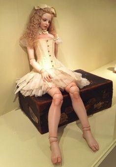 Koitsukihime Doll / 「未知の視線」(2003) Gabriel sculpt.