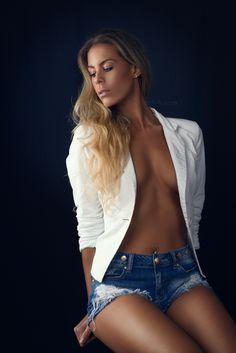 Backless, Photography, Dresses, Fashion, Vestidos, Moda, Photograph, Fashion Styles, Fotografie