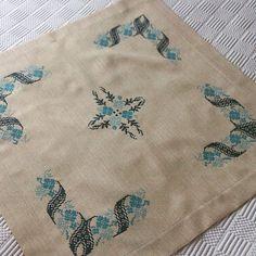 """Photo from zbaccessories"" Cross Stitch Borders, Cross Stitching, Cross Stitch Patterns, Hand Embroidery, Embroidery Stitches, Embroidery Designs, Blue Cross, Bargello, Embroidery Techniques"
