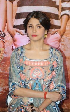 Actress Anushka Sharma Latest Cute Hot Beautiful Spicy Photos Gallery