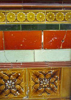 tiles Love the colours Tiles, Tile Patterns, Art Nouveau Tiles, Porch Tile, Mosaic, Tiles Texture, Beautiful Tile, Vintage Tile, Victorian Tiles