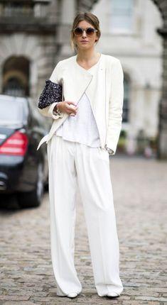 .Stylish: 5 Tipps, wie du dein weißes T-Shirt tragen kannst > Kleine Zeitung