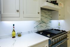 Bespoke, hand made glass kiln formed splash back. Using powdered glass to echo the pattern in the worktop. Glass Installation, Interior Accessories, Glass, Interior, Kitchen, Glass Kitchen, Splash, Home Decor, Kitchen Cabinets