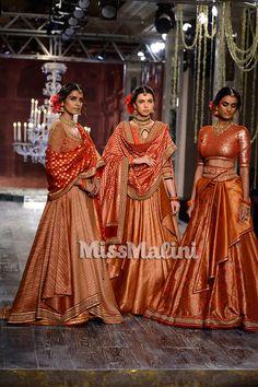 Tarun tahiliani bridal & couture collection 2016 at icw Indian Bridal Couture, Indian Bridal Lehenga, Indian Bridal Outfits, Indian Dresses, Bridal Dresses, Wedding Dress, Indian Clothes, Wedding Outfits, Banarasi Lehenga