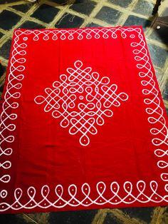 Rangoli Patterns, Rangoli Kolam Designs, Rangoli Designs With Dots, Indian Rangoli, Background Designs, Indian Home Decor, Fabric Painting, Mehendi, Backdrops