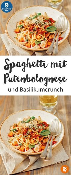 Spaghetti with turkey bolognese and basil crunch, pasta, main course, bolognes . Turkey Bolognese, Spaghetti Bolognese, Weith Watchers, Turkey Spaghetti, Juice Diet, Eat Smart, Weight Watchers Meals, Italian Recipes, Food Inspiration