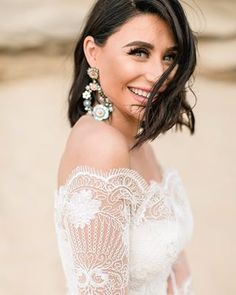 Chic Modern Bridal Portrait MARIA MARGUERITE – Western Cape based wedding and lifestyle photographer Bridal Portraits, Cape, Weddings, Lifestyle, Modern, Fashion, Mantle, Moda, Cabo
