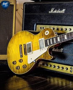 Gibson and Marshall the perfect pair. Amazing pic from @kfiro for #gibsunday #gibson #lespaul #marshallamps #studio33guitar