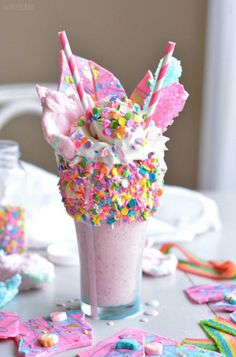 www.thepaletails.... ABSOLUTE inspo. This unicorn milk shake is stunning. I\'d devour this milkshake in an instant. Look at those cute straws and sprinkles. Food porn