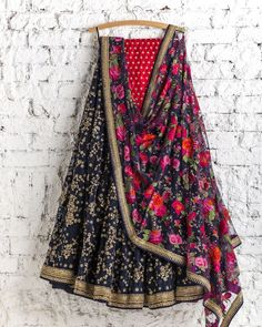 SwatiManish, the brand store in Mumbai for exclusive Sarees and Lehengas - Tikli - India's Leading Fashion and Beauty Magazine Party Wear Lehenga, Red Lehenga, Indian Lehenga, Lehenga Choli, Bridal Lehenga, Lehenga Style, Indian Attire, Indian Wear, Indian Dresses