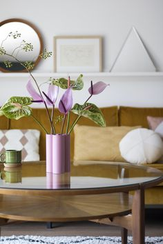 The Best Indoor Plants — Mason Space Mint Living Rooms, Best Indoor Plants, Table Arrangements, Candle Making, Home Decor Inspiration, Fresh Flowers, Lilac, Family Room, Interior Decorating