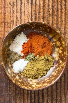 Make your own homemade gluten free taco seasoning! You save a lot compared to store-bought taco seasoning packets and on top of that you get to avoid the fillers and preservatives. Most likely you already have all of the taco mix ingredients in your spice Gluten Free Taco Seasoning, Chicken Taco Seasoning, Taco Seasoning Packet, Homemade Taco Seasoning, Seasoning Recipe, Gluten Free Tacos, Gluten Free Recipes, Soup Recipes, Vegetarian Recipes