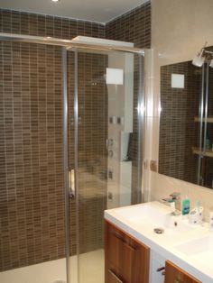 1000 Images About Ba O On Pinterest Brown Bathroom