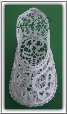 Online shopping from a great selection at Arts, Crafts & Sewing Store. Needle Lace, Bobbin Lace, Doll Clothes Patterns, Clothing Patterns, Baby Shoes Tutorial, Baby Blessing, Lacemaking, Baby Bonnets, Lace Patterns