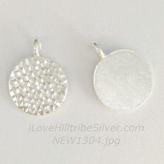 1x Thai Karen Hill Tribe Silver Non-Oxidized-White Silver Circular Disc 1-Sided Hammered Charm-New1304