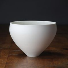 Lilith Rockett, porcelain bowl