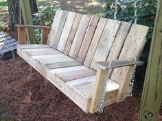 DIY Pallet Outdoor Two-seated Swing – 101 Pallets Pallet Crafts, Diy Pallet Projects, Wood Projects, Pallet Ideas, Project Projects, Wooden Crafts, Porch Swing Pallet, Wood Swing, Pallet Swings