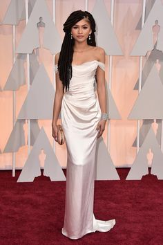 Zendaya Celebrity Actress Off The Shoulder White Vivienne Westwood Gown Silk Oscars 2015 Red Carpet